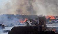 Cháy xưởng gỗ nhiều tài sản bị thiêu rụi