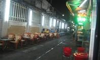 Các hộ dân đường Cống Quỳnh- phường Phạm Ngũ Lão- quận 1 bức xúc cảnh chiếm đường làm quán nhậu