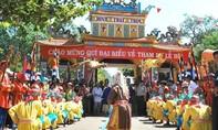Độc đáo Lễ Hội Dinh Thầy Thím ở La Gi, Bình Thuận