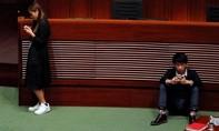 Trung Quốc chỉ trích các nghị sĩ Hồng Kông đòi độc lập