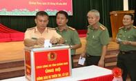 Công an Quảng Nam hướng về đồng bào miền Trung bị lũ lụt