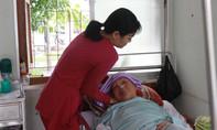 Vui buồn nghề nuôi bệnh thuê ở Sài Gòn