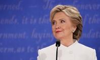 FBI mở lại cuộc điều tra về bê bối email của bà Clinton