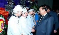 Thủ tướng Nguyễn Xuân Phúc tới viếng đồng chí Nguyễn Văn Chính