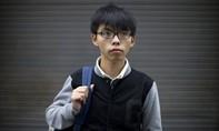 Thủ lĩnh sinh viên  Hoàng Chi Phong trở về Hồng Kông sau khi bị câu lưu tại Thái Lan