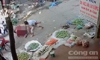 Chém chết bạn thân giữa chợ vì chơi đỏ đen không trả tiền