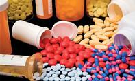 Mua thuốc kháng sinh ở Việt Nam dễ như mua kẹo, hậu quả khó lường