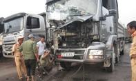 Va chạm liên hoàn khiến 3 phương tiện hư hỏng, 1 người bị thương