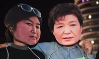 Hàn Quốc chính thức khởi tố bạn thân tổng thống Park