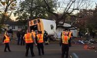 Tai nạn xe buýt kinh hoàng tại Mỹ khiến 5 học sinh tử vong