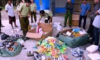 Cảnh sát giao thông liên tiếp phát hiện hàng hóa không rõ nguồn gốc