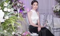 Người đẹp Phan Thị Mơ diện đầm hở vai, khoe thân hình gợi cảm