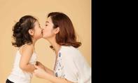 Jennifer Phạm đẹp mặn mà khi mang bầu 7 tháng