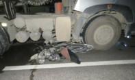 Vượt ẩu, ba thanh niên trên xe máy tử vong trong đêm
