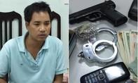 Tên cướp chĩa súng uy hiếp, còng tay nữ doanh nhân để cướp tài sản