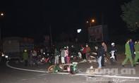 Xe tải tông xe máy, người phụ nữ bị cán tử vong