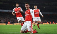 Ngược dòng thành công, Arsenal tạm chiếm ngôi đầu