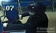 Hình ảnh rõ mặt nghi của tên cướp ngân hàng BIDV tại Huế