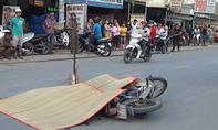 Xe tải cẩu tông chết người phụ nữ đi xe máy