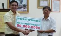 Công ty Việt Trung-Long An ủng hộ đồng bào lũ lụt miền Trung 50 triệu đồng