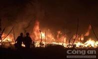 Hà Nội tiếp tục xảy ra cháy lớn trong đêm