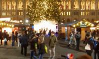 Không khí Giáng sinh rộn ràng khắp nơi trên thế giới