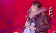 Trấn Thành và Hari Won khóc khi trải lòng về hành trình yêu đương sóng gió