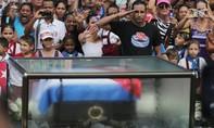 Tro cốt lãnh tụ Cuba Fidel Castro được đưa về nơi an nghỉ cuối cùng