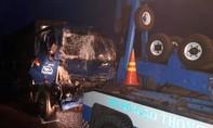 Tài xế ngủ gục thoát chết sau tai nạn trên cao tốc TP. HCM -Trung Lương