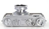 Máy ảnh cổ Nikon 68 được bán hơn 9 tỷ đồng