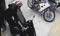 Bắt hai đối tượng liên tục đột nhập vào nhà dân trộm xe máy