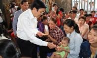 Chủ tịch nước thăm hỏi, chúc tết công nhân đón Tết xa nhà ở Đồng Nai