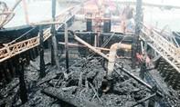 Cháy tàu câu mực, ngư dân thiệt hại hơn 3,5 tỷ đồng