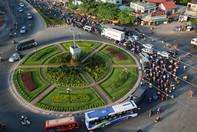 Đường về Sài Gòn giao thông ùn ứ nhiều km