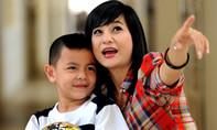 Cát Phượng - Bà mẹ đơn thân kiên cường của showbiz Việt