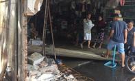 Ô tô lao vào tiệm sửa xe, tông chết một học viên