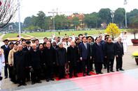 Tổng Bí thư chúc Tết các đồng chí lãnh đạo, nguyên lãnh đạo Đảng, Nhà nước