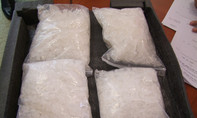 TP.HCM: Bắt ông trùm buôn 10,3kg ma túy đá xuyên Việt