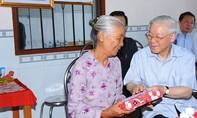 Tổng Bí thư Nguyễn Phú Trọng thị sát tình hình hạn, xâm nhập mặn tại Tiền Giang