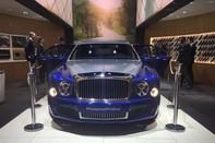 Bentley Mulsanne Gran Limousine – Du thuyền trên cạn