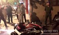 TP.HCM: Băng nhóm ép nạn nhân cởi hết quần áo rồi cướp tài sản