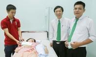 Lái xe Mai Linh nhanh trí giúp sản phụ 'mẹ tròn con vuông'