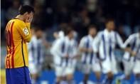 Messi tịt ngòi, 'Gã khổng lồ' bại trận