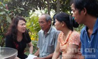 Thứ trưởng Bộ Giáo dục và Đào tạo đến thăm hỏi, hỗ trợ 9 gia đình học sinh bị chết đuối