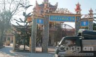 Phát hiện thi thể bé gái sơ sinh trước cổng chùa