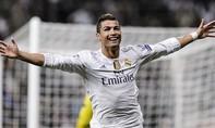 Ronaldo lần thứ 5 'đi đêm' với chủ tịch PSG