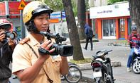 TP.HCM: Sử dụng camera di động xử phạt người vi phạm luật giao thông