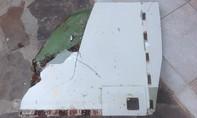 Lại phát hiện mảnh vỡ nghi của MH370 dạt vào bờ