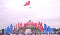 Lễ thượng cờ trong Ngày hội Thống nhất non sông