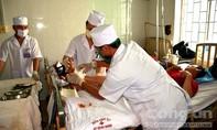 Hai bệnh nhân được nối thành công bàn chân bị đứt lìa